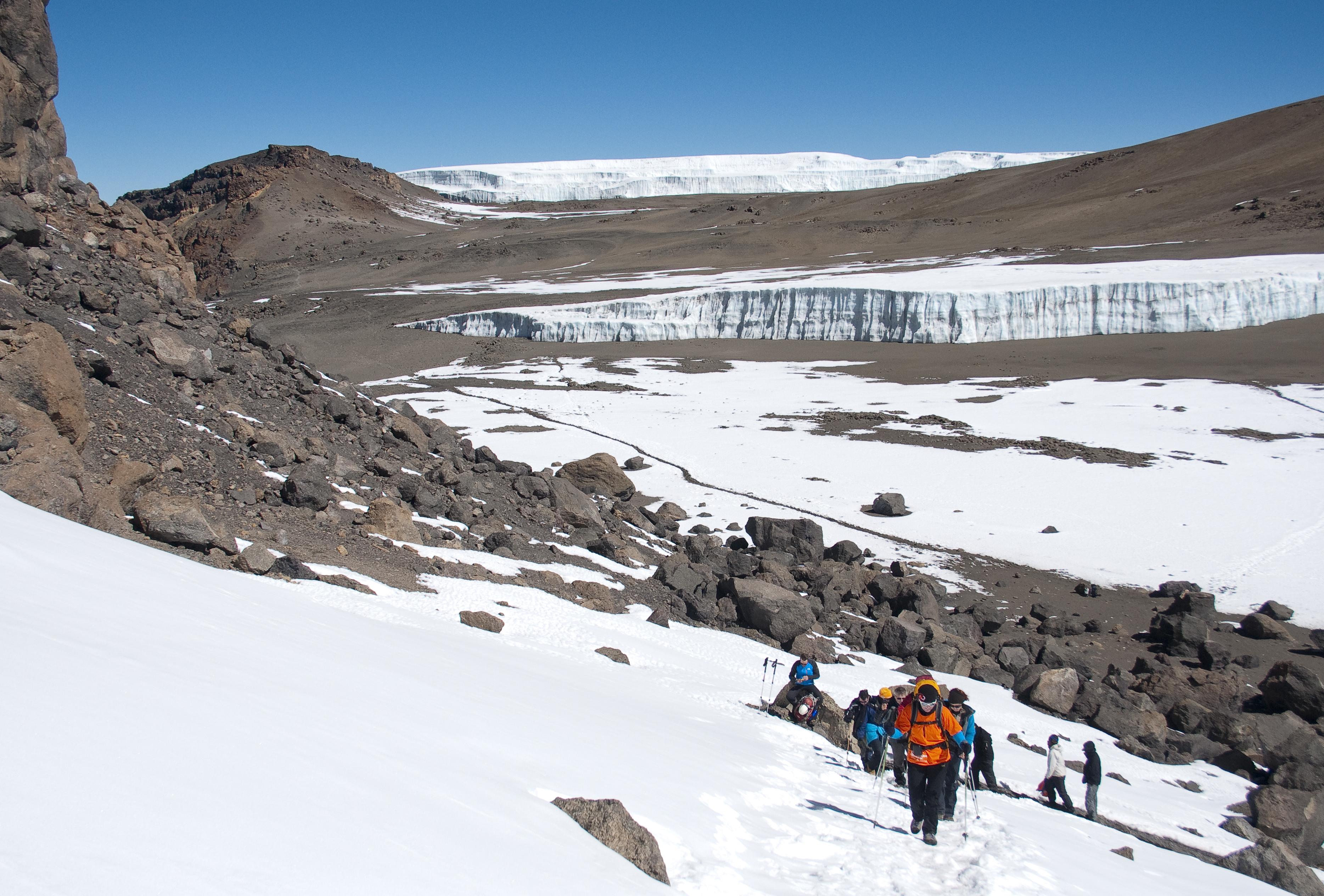 Kili Kraterschläfer Expedition